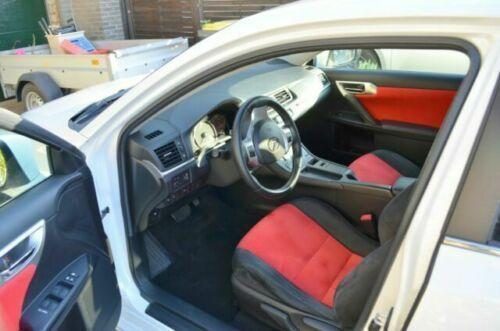Spare 3% • Lexus CT200h 1 8 Elektro/Hybrid 99 PS (2011) in