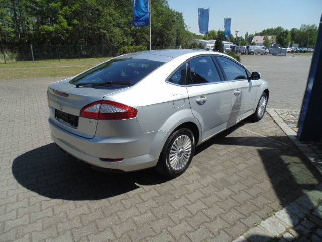 verkauft ford mondeo 2 0 tdci aut tem gebraucht 2010 km in nabburg. Black Bedroom Furniture Sets. Home Design Ideas