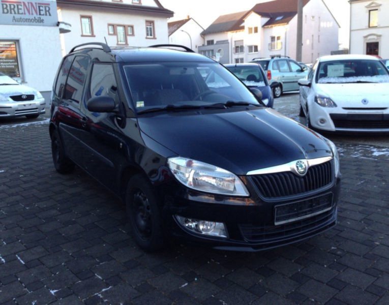 gebraucht 1 2 tsi style plus edition gra skoda roomster 2011 km in coburg. Black Bedroom Furniture Sets. Home Design Ideas