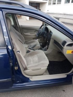 verkauft volvo v40 1.9 d bremsen, batt., gebraucht 2002, 233.300 km