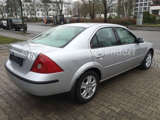 verkauft ford mondeo 2 5 v6 ghia 8xfa gebraucht 2002 km in berlin. Black Bedroom Furniture Sets. Home Design Ideas