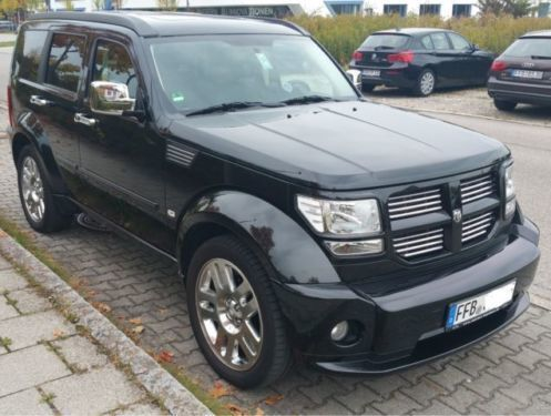 verkauft dodge nitro 4 0 automatik r t gebraucht 2008 km in berlin. Black Bedroom Furniture Sets. Home Design Ideas