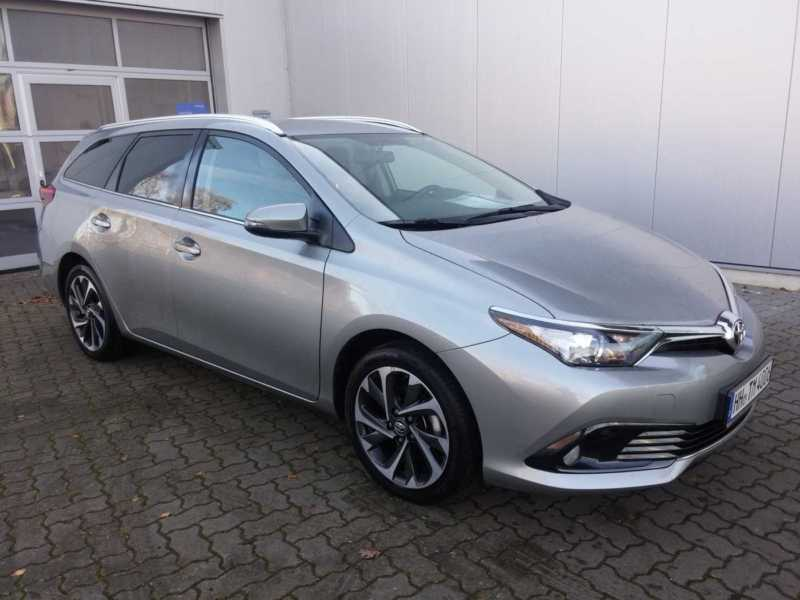 verkauft toyota auris touring sports 1 gebraucht 2015 10 km in aschersleben. Black Bedroom Furniture Sets. Home Design Ideas