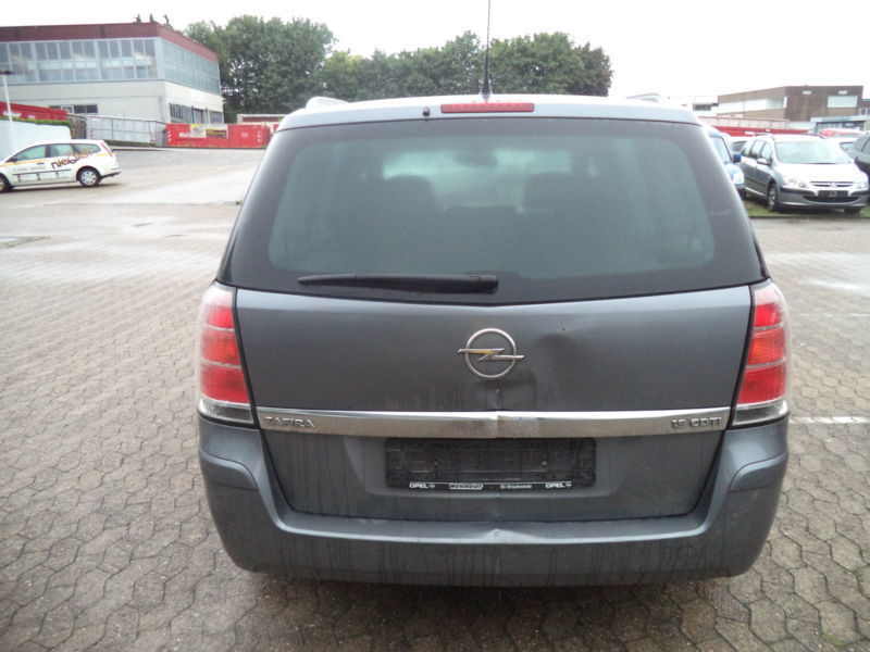 verkauft opel zafira b edition gebraucht 2007 km in bielefeld. Black Bedroom Furniture Sets. Home Design Ideas