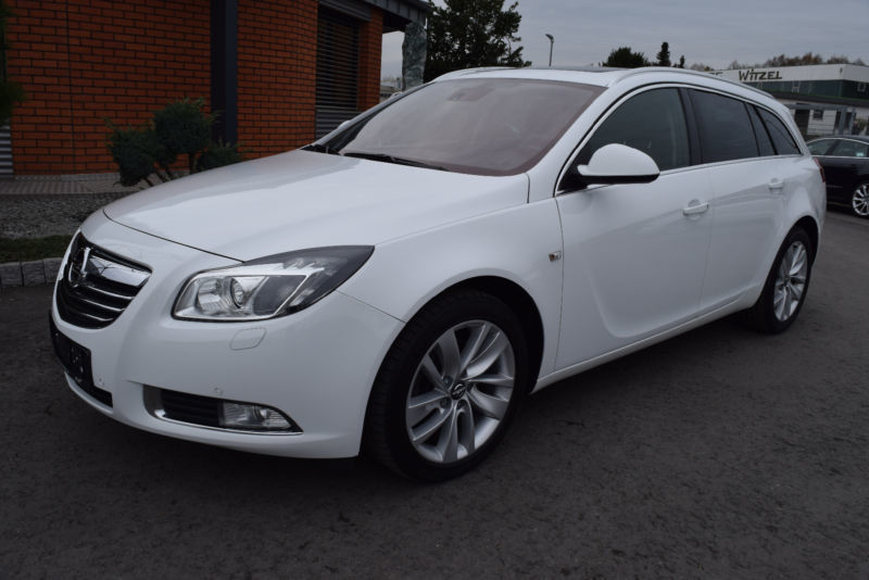 verkauft opel insignia 2 0 cdti sports gebraucht 2012 km in bebra. Black Bedroom Furniture Sets. Home Design Ideas
