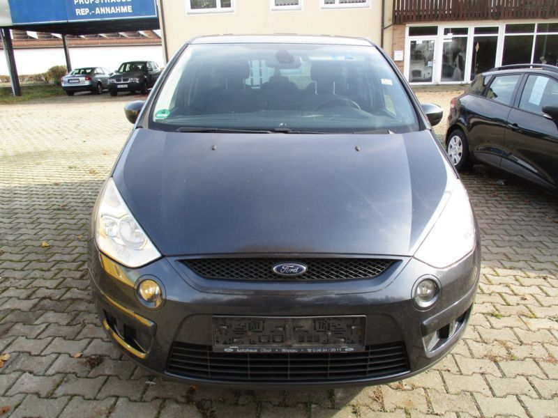 verkauft ford s max titanium gebraucht 2007 km in waldsassen. Black Bedroom Furniture Sets. Home Design Ideas