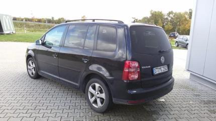 verkauft vw touran 7 sitzer gebraucht 2009 km in. Black Bedroom Furniture Sets. Home Design Ideas