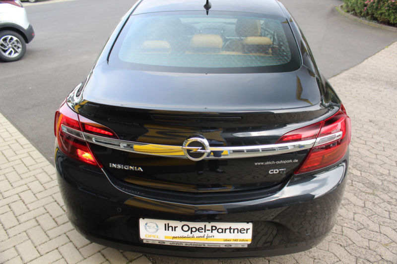 verkauft opel insignia lim sport gebraucht 2013 km in erkheim. Black Bedroom Furniture Sets. Home Design Ideas
