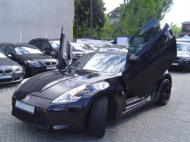 verkauft nissan 370z fl gelt ren xen gebraucht 2010 km in berlin buckow. Black Bedroom Furniture Sets. Home Design Ideas