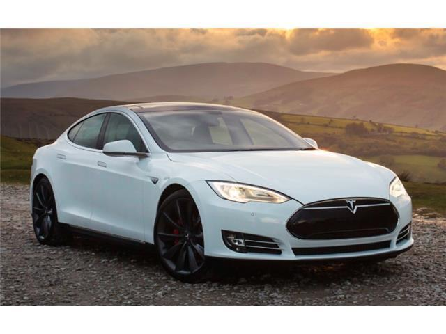 verkauft tesla model s p85d voll zubeh gebraucht 2015. Black Bedroom Furniture Sets. Home Design Ideas