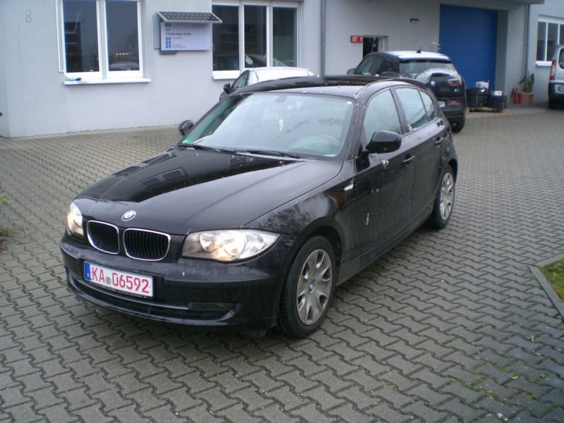 verkauft bmw 116 baureihe 1 lim i gebraucht 2010 km in eggenstein. Black Bedroom Furniture Sets. Home Design Ideas