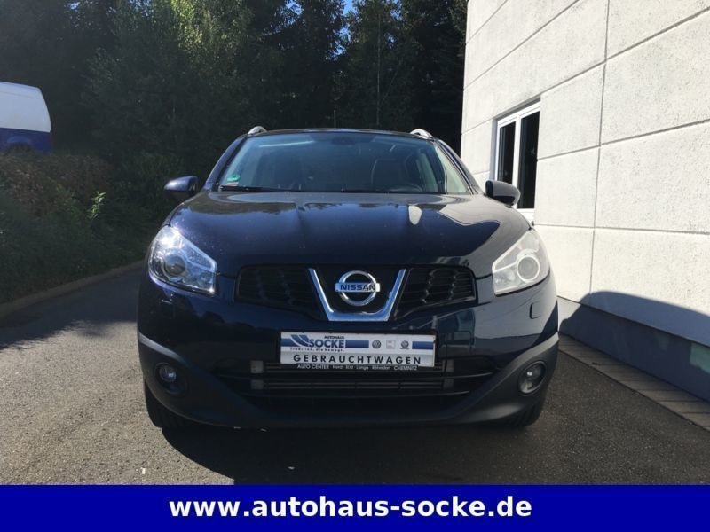 verkauft nissan qashqai tekna 4x4 gebraucht 2013 km in kertzsch. Black Bedroom Furniture Sets. Home Design Ideas