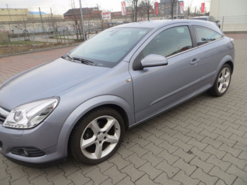 verkauft opel astra gtc gtc 1 6 gebraucht 2008 km. Black Bedroom Furniture Sets. Home Design Ideas