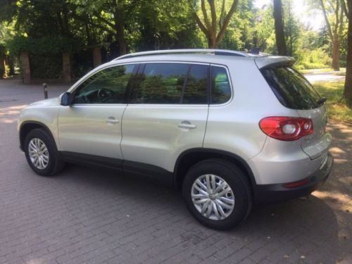 verkauft vw tiguan 2 0 tdi dpf 4motion gebraucht 2008 km in gelsenkirchen. Black Bedroom Furniture Sets. Home Design Ideas