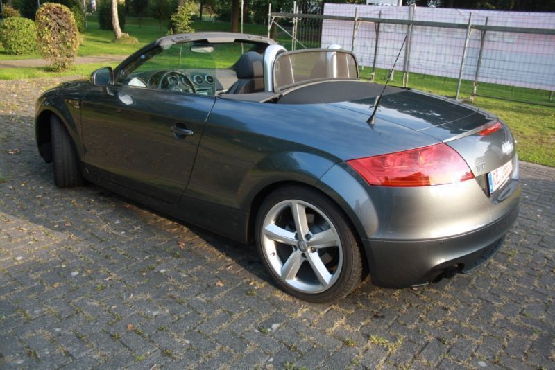 verkauft audi tt roadster 1 8 tfsi roa gebraucht 2011. Black Bedroom Furniture Sets. Home Design Ideas