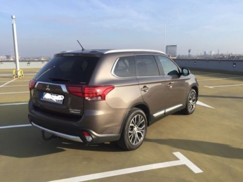 verkauft mitsubishi outlander 2 2 di d gebraucht 2016 km in l beck. Black Bedroom Furniture Sets. Home Design Ideas