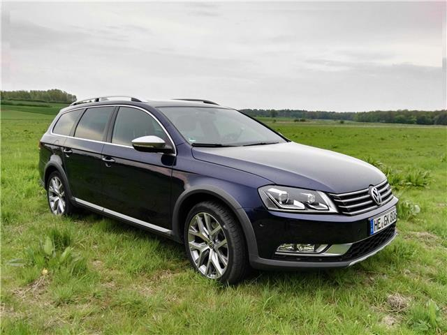 verkauft vw passat alltrack 2 0 tdi 4m gebraucht 2013. Black Bedroom Furniture Sets. Home Design Ideas