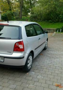 verkauft vw polo 9n 1 2 gebraucht 2003 km in detmold. Black Bedroom Furniture Sets. Home Design Ideas