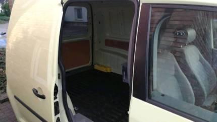 verkauft vw caddy verkaufe vw1 9 l die gebraucht 2007 km in hennef sieg. Black Bedroom Furniture Sets. Home Design Ideas