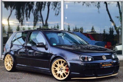 verkauft vw golf iv highline r32 gebraucht 2002. Black Bedroom Furniture Sets. Home Design Ideas