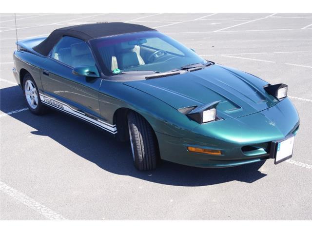 firebird gebrauchte pontiac firebird kaufen 105 g nstige autos zum verkauf. Black Bedroom Furniture Sets. Home Design Ideas