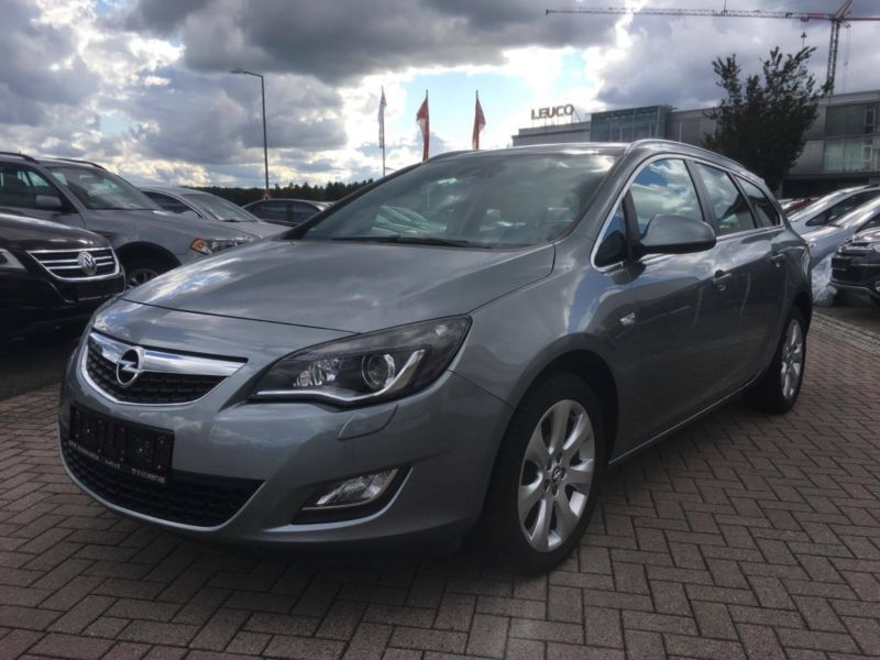 verkauft opel astra sports tourer j 1 gebraucht 2011 km in horb am neckar. Black Bedroom Furniture Sets. Home Design Ideas