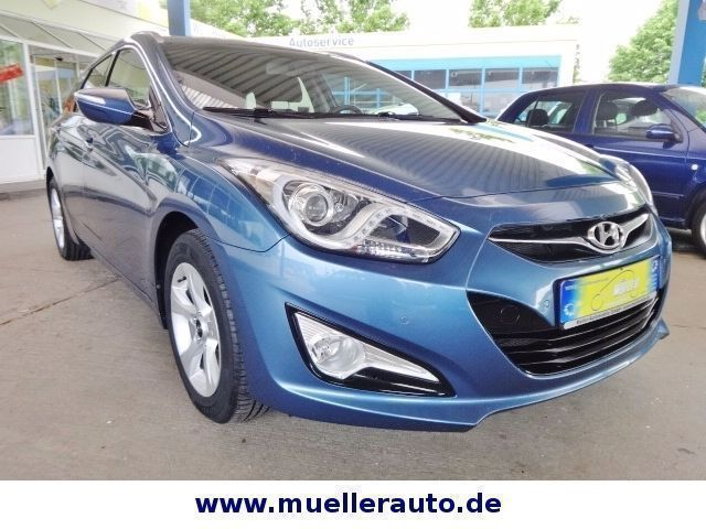 verkauft hyundai i40 cw style 2xpdc gebraucht 2012 km in magdeburg. Black Bedroom Furniture Sets. Home Design Ideas