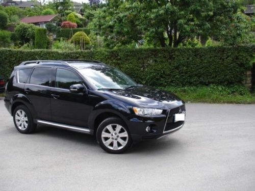 verkauft mitsubishi outlander 2 0 2wd gebraucht 2011 km in ratingen. Black Bedroom Furniture Sets. Home Design Ideas