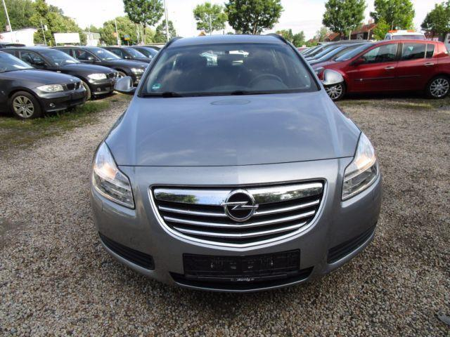 verkauft opel insignia sports tourer 2 gebraucht 2009 km in zwickau. Black Bedroom Furniture Sets. Home Design Ideas