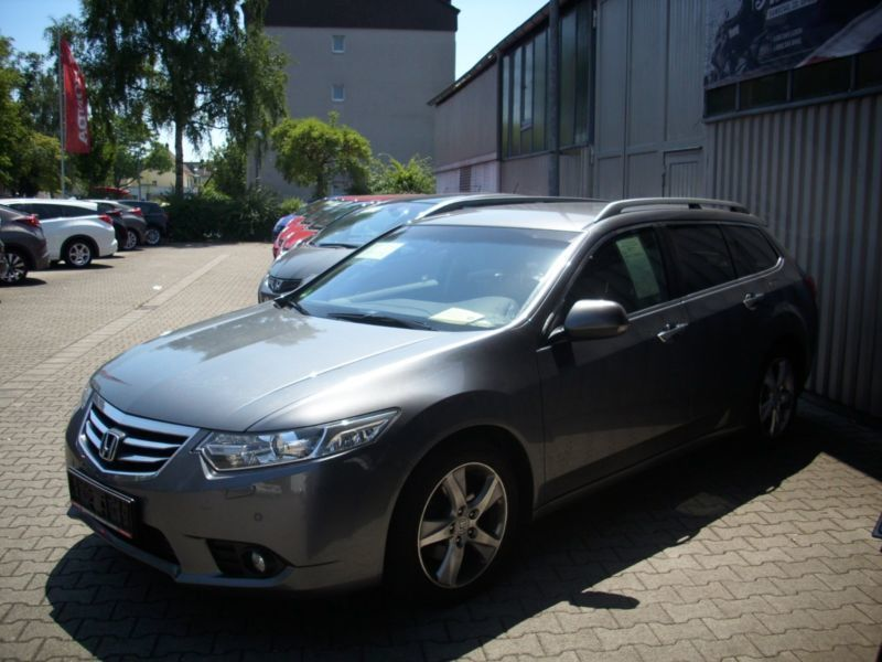 gebraucht tourer elegance honda accord 2011 km in tanna. Black Bedroom Furniture Sets. Home Design Ideas