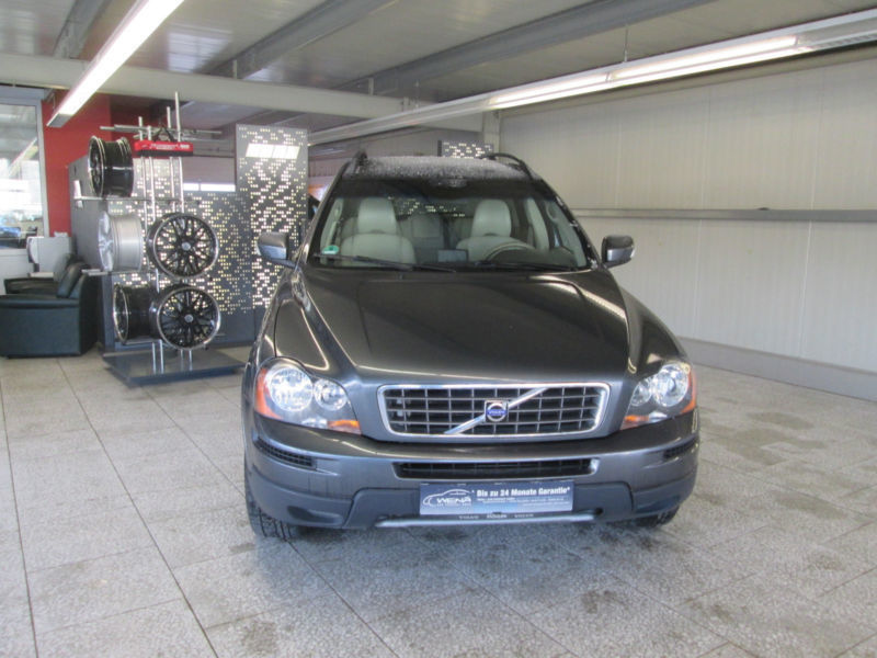 verkauft volvo xc90 d5 aut gebraucht 2008 km in berlin. Black Bedroom Furniture Sets. Home Design Ideas