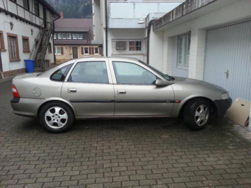 verkauft opel vectra b gebraucht 1999 km in gutach. Black Bedroom Furniture Sets. Home Design Ideas