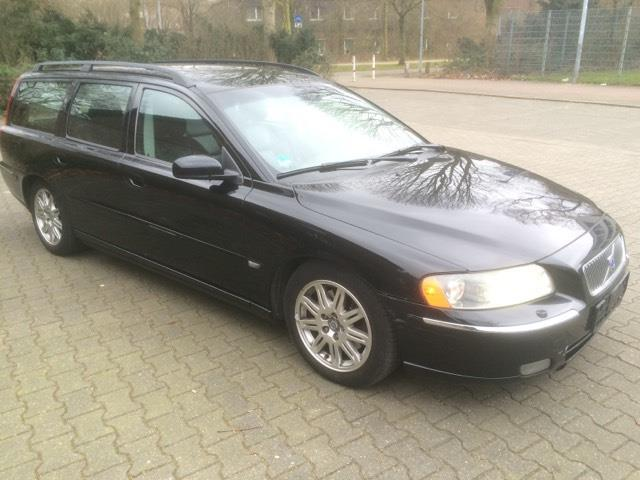 verkauft volvo v70 d5 summum gebraucht 2004 km in gelsenkirchen. Black Bedroom Furniture Sets. Home Design Ideas