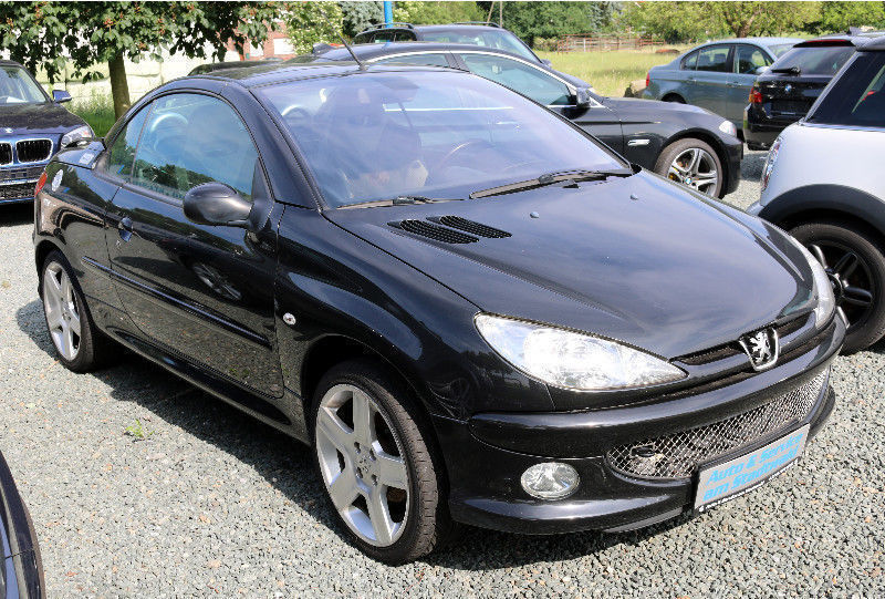 gebraucht cabriolet filou peugeot 206 cc 2006 km in potsdam. Black Bedroom Furniture Sets. Home Design Ideas