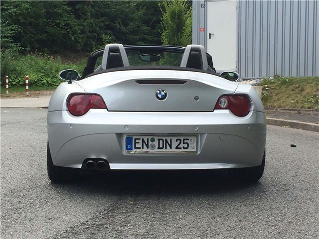 verkauft bmw z4 cabrio roadster gebraucht 2003 km in bad. Black Bedroom Furniture Sets. Home Design Ideas