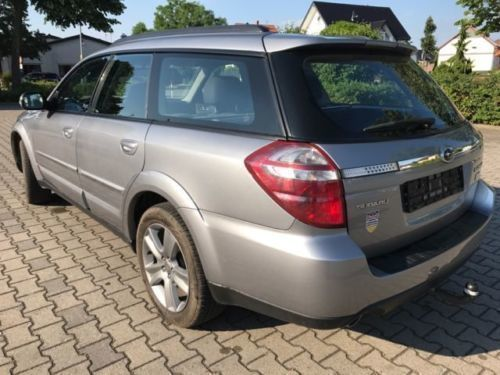 verkauft subaru outback 2 0d gebraucht 2009 km in b rstadt. Black Bedroom Furniture Sets. Home Design Ideas