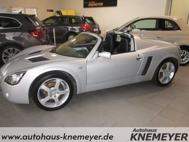 verkauft opel speedster roadster 2 2 gebraucht 2003 km in g tersloh. Black Bedroom Furniture Sets. Home Design Ideas