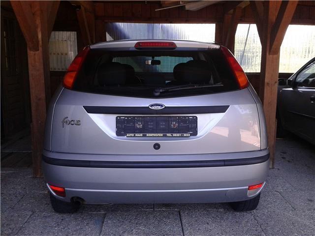 verkauft ford focus limousine 2 hand gebraucht 2003 km in weitnau. Black Bedroom Furniture Sets. Home Design Ideas