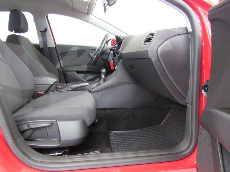 verkauft seat leon st style 1 6 tdi al gebraucht 2015 km in simmern hunsr ck. Black Bedroom Furniture Sets. Home Design Ideas