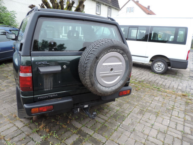 verkauft opel frontera sport mistral a gebraucht 1997 km in schondra. Black Bedroom Furniture Sets. Home Design Ideas