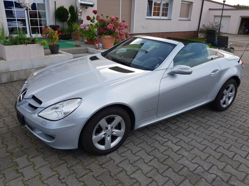verkauft mercedes slk200 kompressor gebraucht 2004 km in. Black Bedroom Furniture Sets. Home Design Ideas