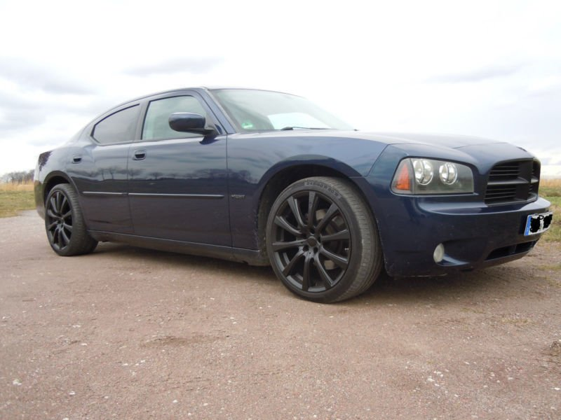 verkauft dodge charger 5 7 v8 gebraucht 2006 km. Black Bedroom Furniture Sets. Home Design Ideas