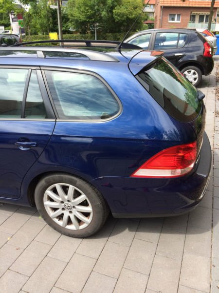 verkauft vw golf variant bluemotion 1 gebraucht 2009 km in g ttingen. Black Bedroom Furniture Sets. Home Design Ideas