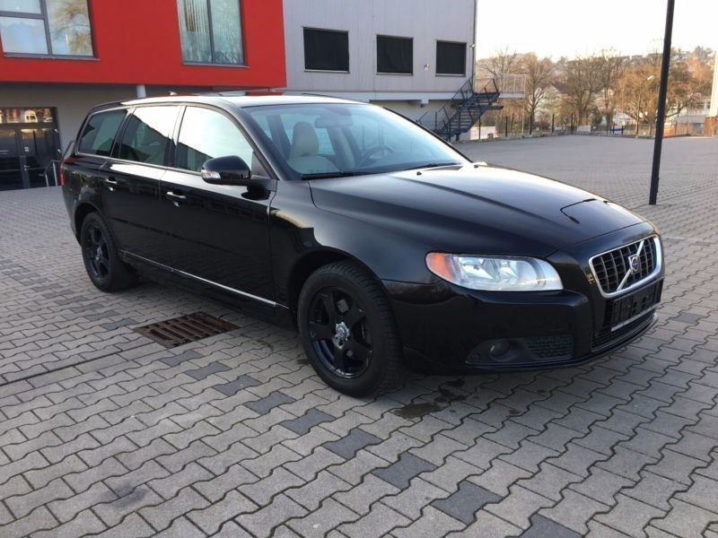 gebraucht 2 0d kinetic volvo v70 2009 km in bochum. Black Bedroom Furniture Sets. Home Design Ideas