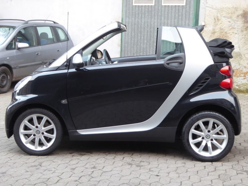 verkauft smart fortwo cabrio gebraucht 2009 km in saarbr cken. Black Bedroom Furniture Sets. Home Design Ideas