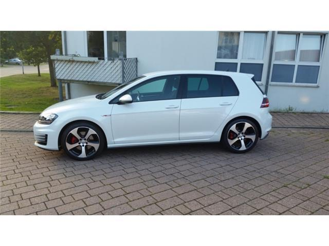 verkauft vw golf gti bluemotion techno gebraucht 2013 km in lehre. Black Bedroom Furniture Sets. Home Design Ideas