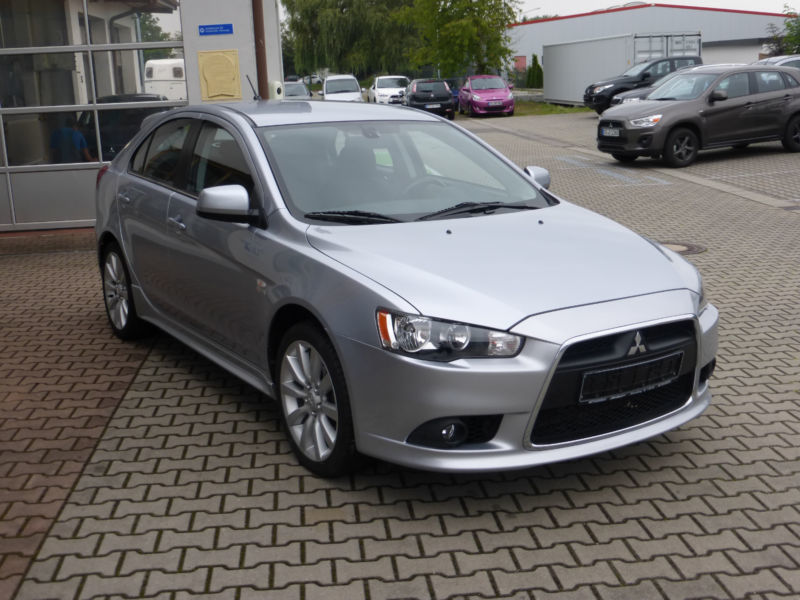 verkauft mitsubishi lancer 1 8 intens gebraucht 2009. Black Bedroom Furniture Sets. Home Design Ideas