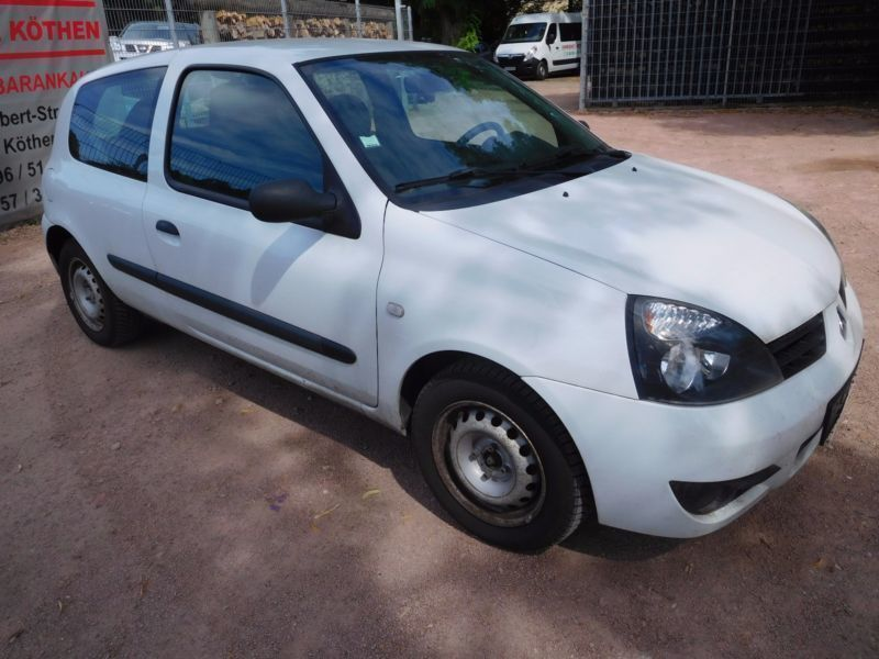 gebraucht 1 5 dci expression klima alufelgen gepflegt renault clio 2009 km in siegen. Black Bedroom Furniture Sets. Home Design Ideas
