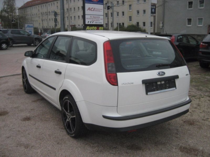 verkauft ford focus turnier 1 6 tdci d gebraucht 2006 km in zwickau. Black Bedroom Furniture Sets. Home Design Ideas