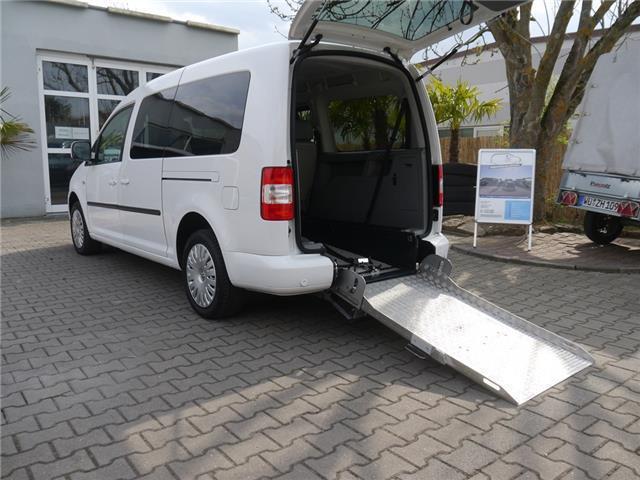 verkauft vw caddy maxi automatik dsg r gebraucht 2010. Black Bedroom Furniture Sets. Home Design Ideas
